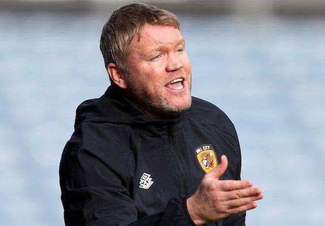 El gerente de Hull City, Grant McCann, reacciona el 16 de octubre de 2021